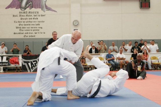 Grand Master Helio Gracie with Ryron and Rener